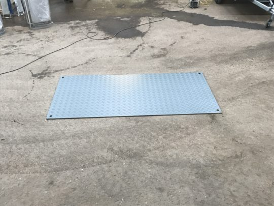 Køreplader plast 2.40x1.20 10,-/dag